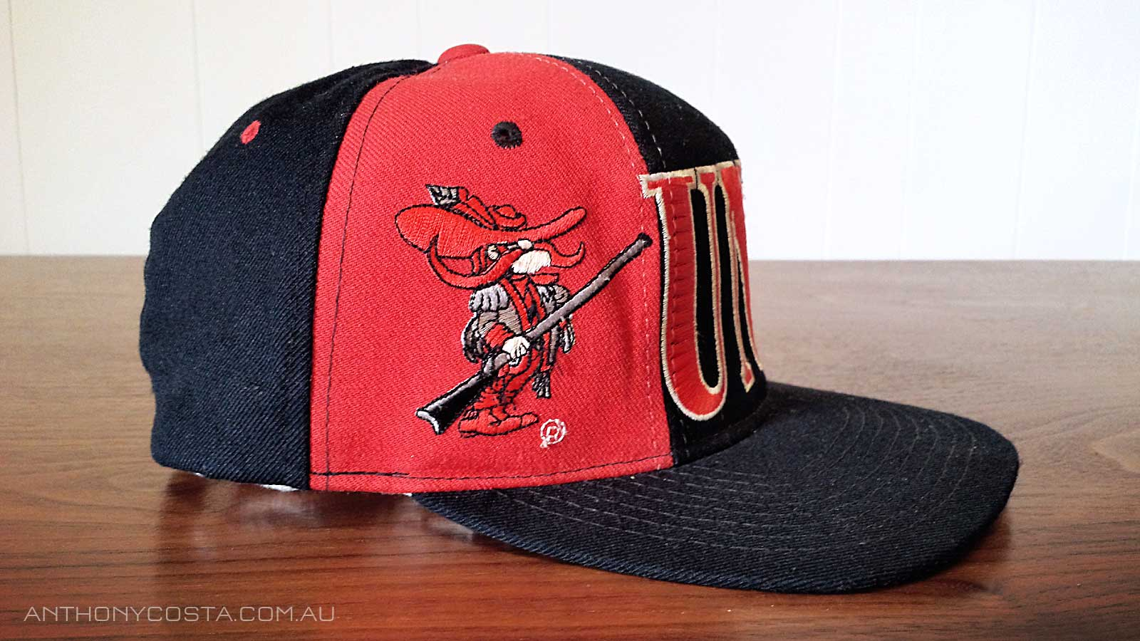 UNLV Runnin Rebels Starter hat